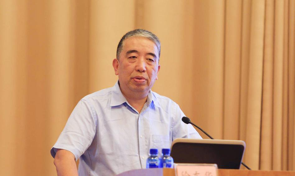 机械工业经济管理研究院院长徐东华作主题演讲
