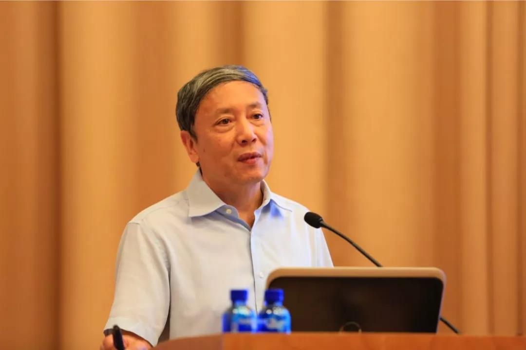 蔡昉:如何启动中国经济增长新动力