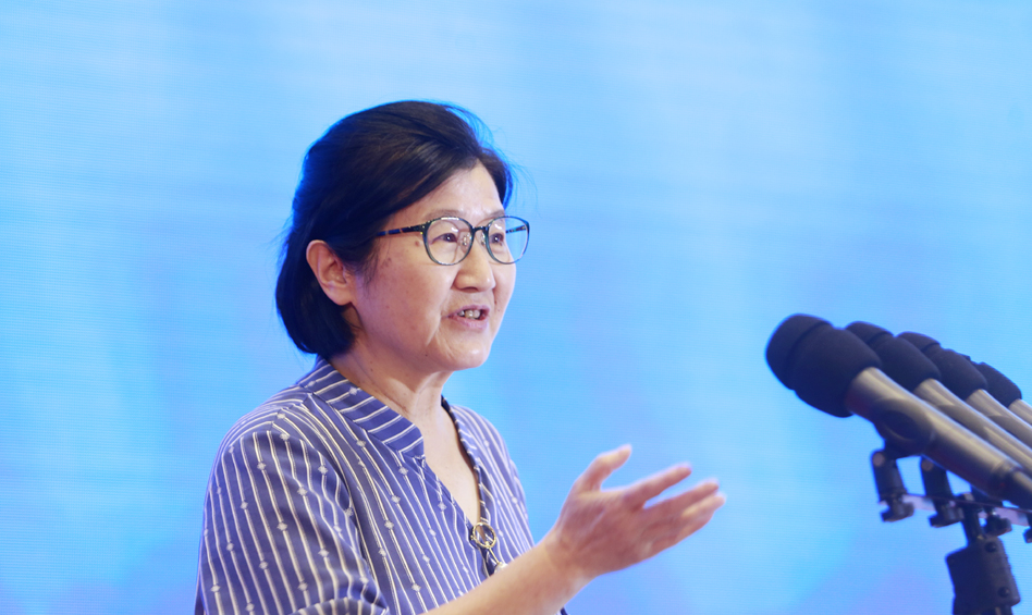 中国社会科学院国家法治指数研究中心主任田禾作主题演讲